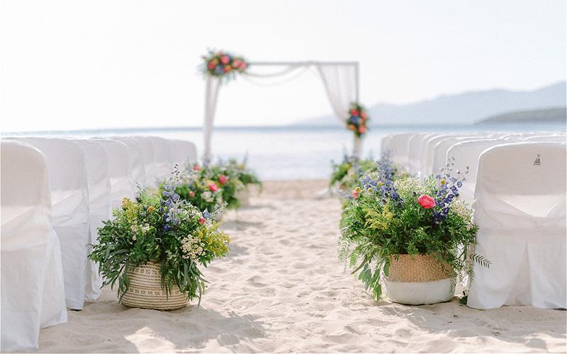 wedding aisle on the beach